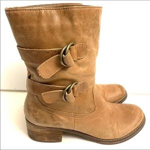 50% off 2+ items- Arturo Chiang leather boots- 9
